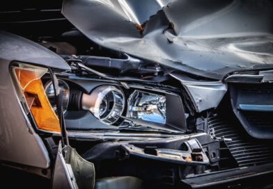 Waldkraiburg: 50-jährige baut Unfall – trotz Fahrverbot!